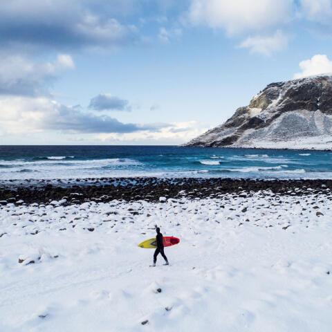 Surf a 13 grados bajo cero